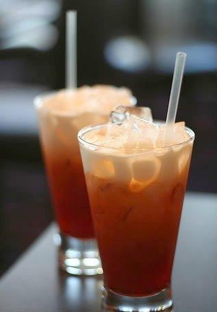 Moda Magazine - Drink of the Week: Spiked Thai Iced Tea