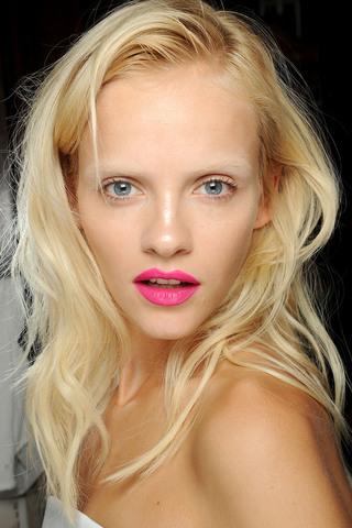 Bright Lipstick Giles Spring RTW 2013